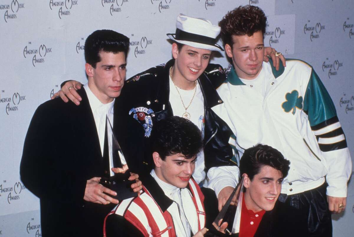 LOS ANGELES - JANUARY 1990: New Kids On The Block at American Music Awards in January 1990 in Los Angeles, California. (Photo by Donaldson Collection/Michael Ochs Archives/Getty Images)