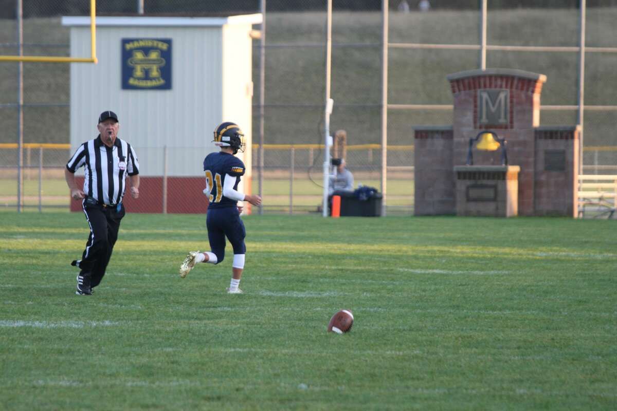 The Manistee Chippewas took down Mason County Central last week, 27-0.