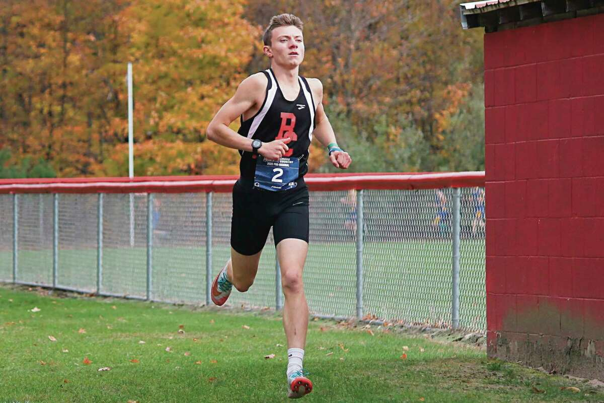 Hunter Jones races in pre-regionals at Benzie Central on Oct. 19. (File photo)