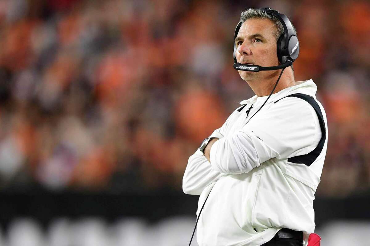 Urban Meyer led the Jaguars to a close loss in Cincinnati on Thursday, then stayed behind to see family in his home state.