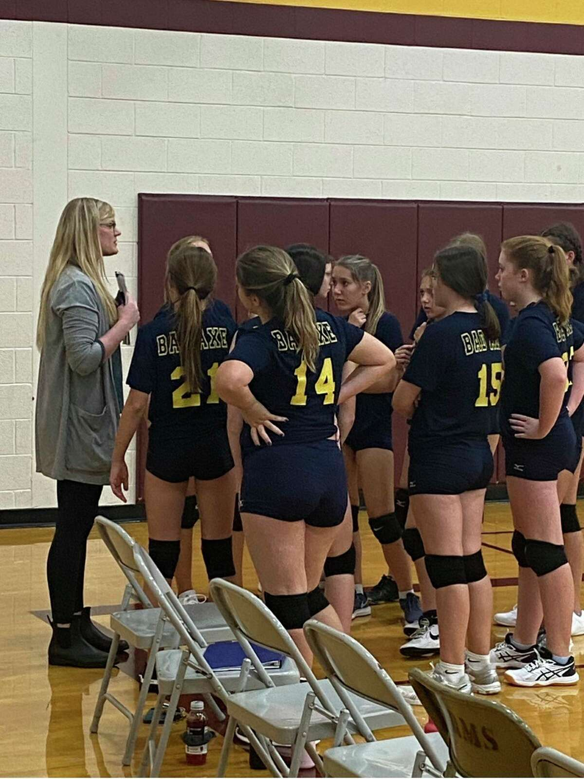 Kuhl coaching Bad Axe Jr. High Volleyball during a timeout. (Ashlie Brining/Courtesy Photo)