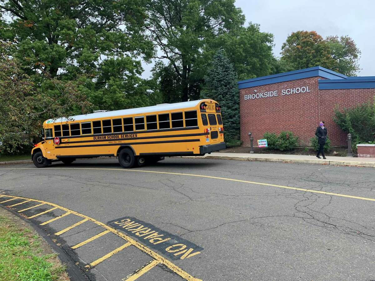 Buses and parents dropping off their children at Brookside Elementary School had no problems maneuvering down Highland Avenue on the morning of Tuesday, Oct. 5 with the high school starting more than an hour earlier under new school start times.