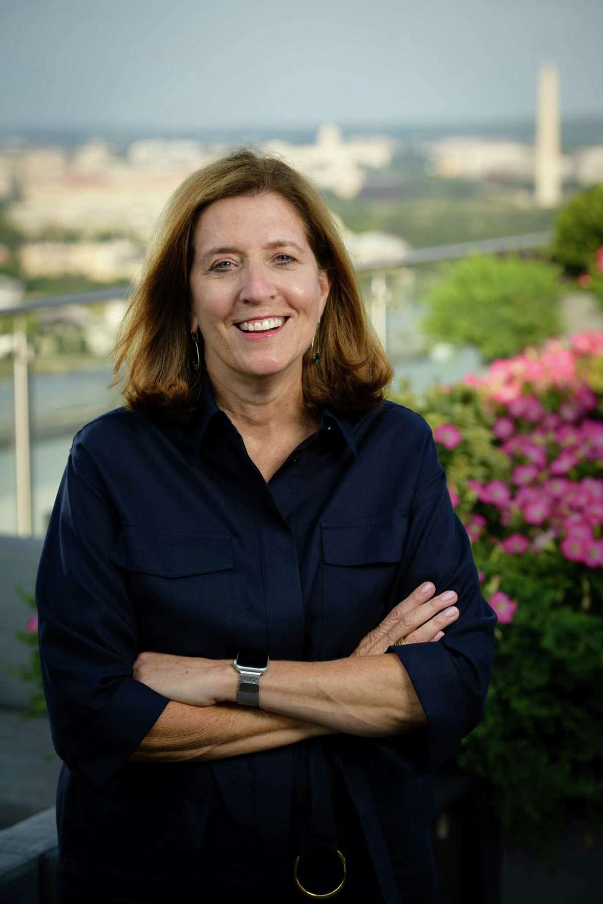 Vivian Riefberg, a Danbury native, has been named to a 25-member board that will consult the Smithsonian Institution on its new Smithsonian American Women's History Museum. She is a director emeritus with McKinsey & Company and the David C. Walentas Jefferson Scholars Chair at the Darden School of Business at the University of Virginia.