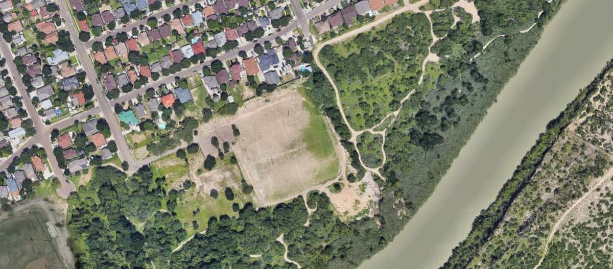 Pictured is a satellite image of Father McNaboe Park alongside the Rio Grande where a human smuggling attempt allegedly was thwarted as migrants were captured along the path leading to Bristol Road.
