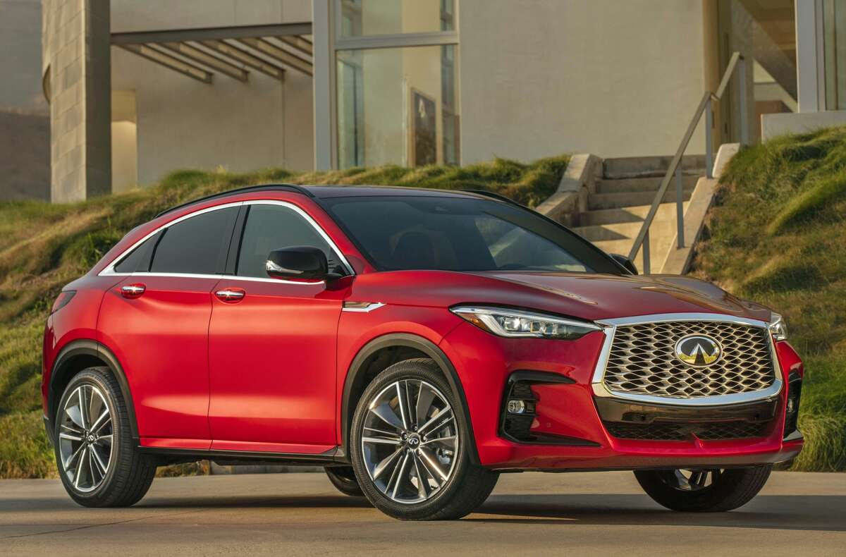 All new for 2022 is the Infiniti QX55 five-passenger sport crossover with a coupe-like roofline.
