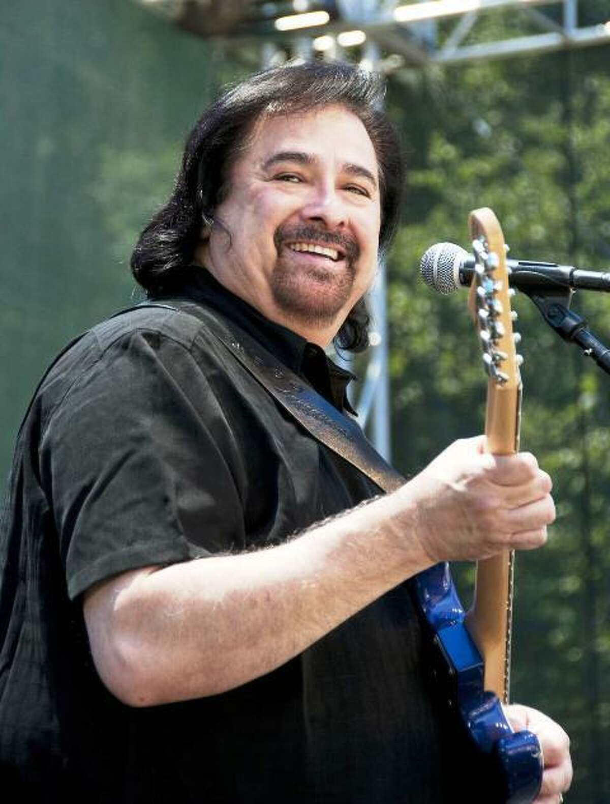 Blues-rock guitarist and vocalist Coco Montoya will perform Oct. 8 at FTC StageOne .