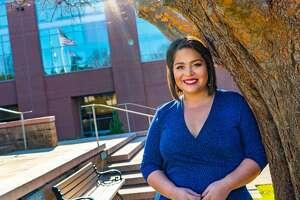 Alicia Neaves returns to San Antonio. She will anchor the KENS 5 weekend news alongside veteran anchor Phil Anaya.