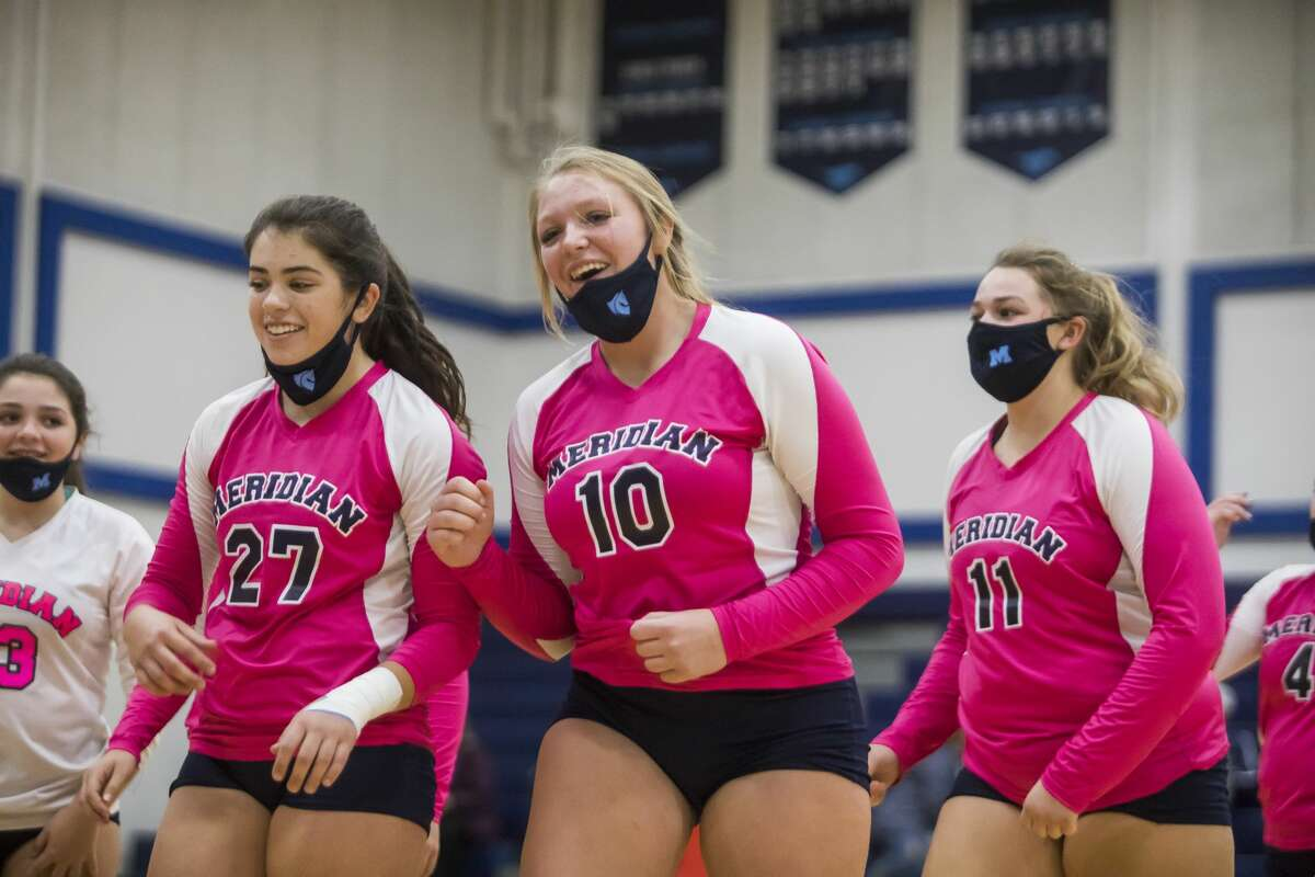 Meridian's Izzy Dunn (10) leaves the court after the Mustangs defeated Shepherd in an Oct. 28, 2020 match.