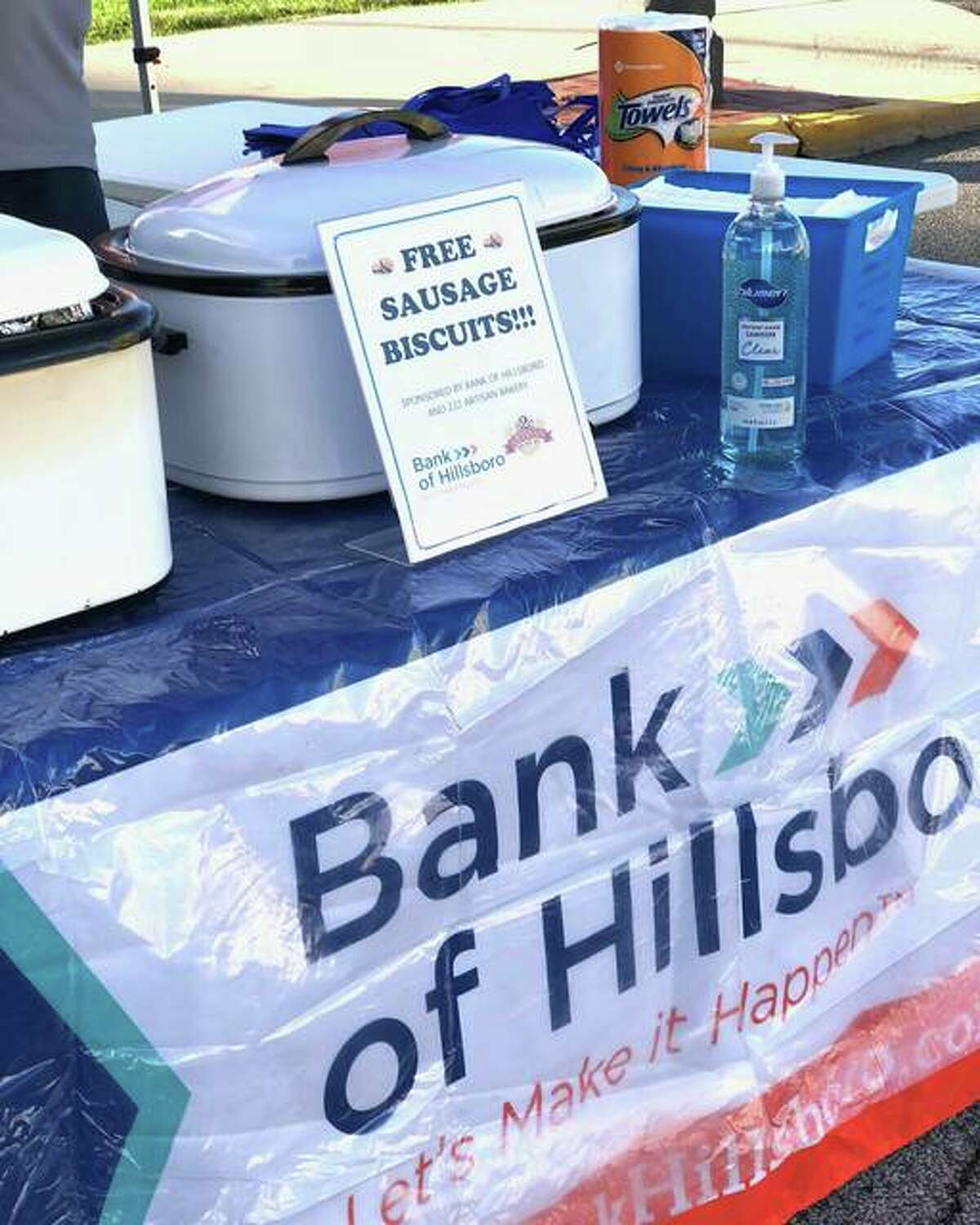 On Sept. 25, the Bank of Hillsboro helped the Goshen Market celebrate 25 years in operation by giving free breakfast sandwiches, which were made by 222 Artisan Bakery, to community members.