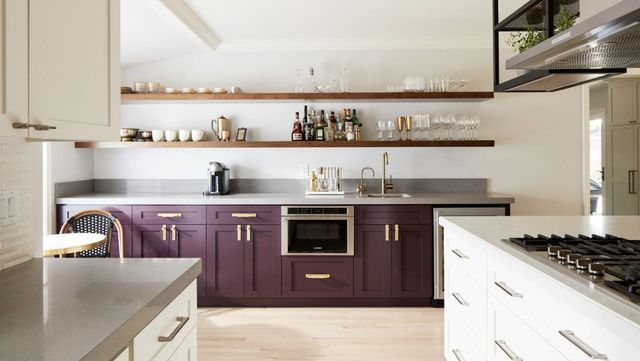The 6 Hottest Colors To Utilize in Your Kitchen Area This Fall and Winter Season Holiday thumbnail
