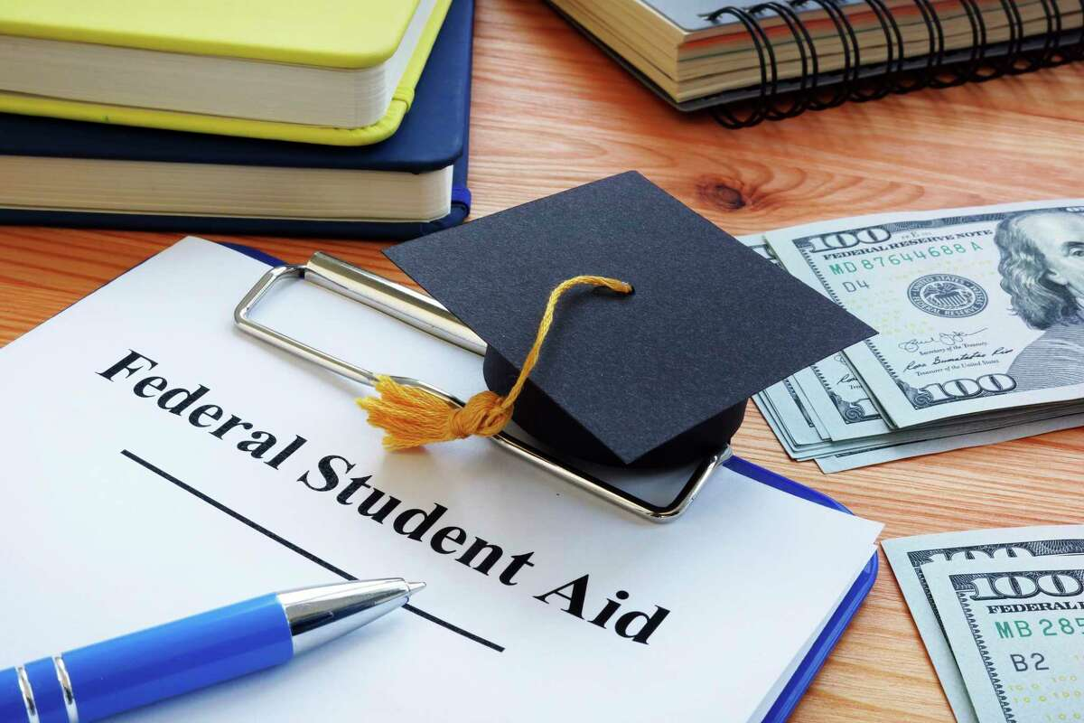 The U.S. Department of Education began accepting FAFSA submissions on Oct. 1 for the academic year 2022-2023. (Courtesy Photo/Getty Images)