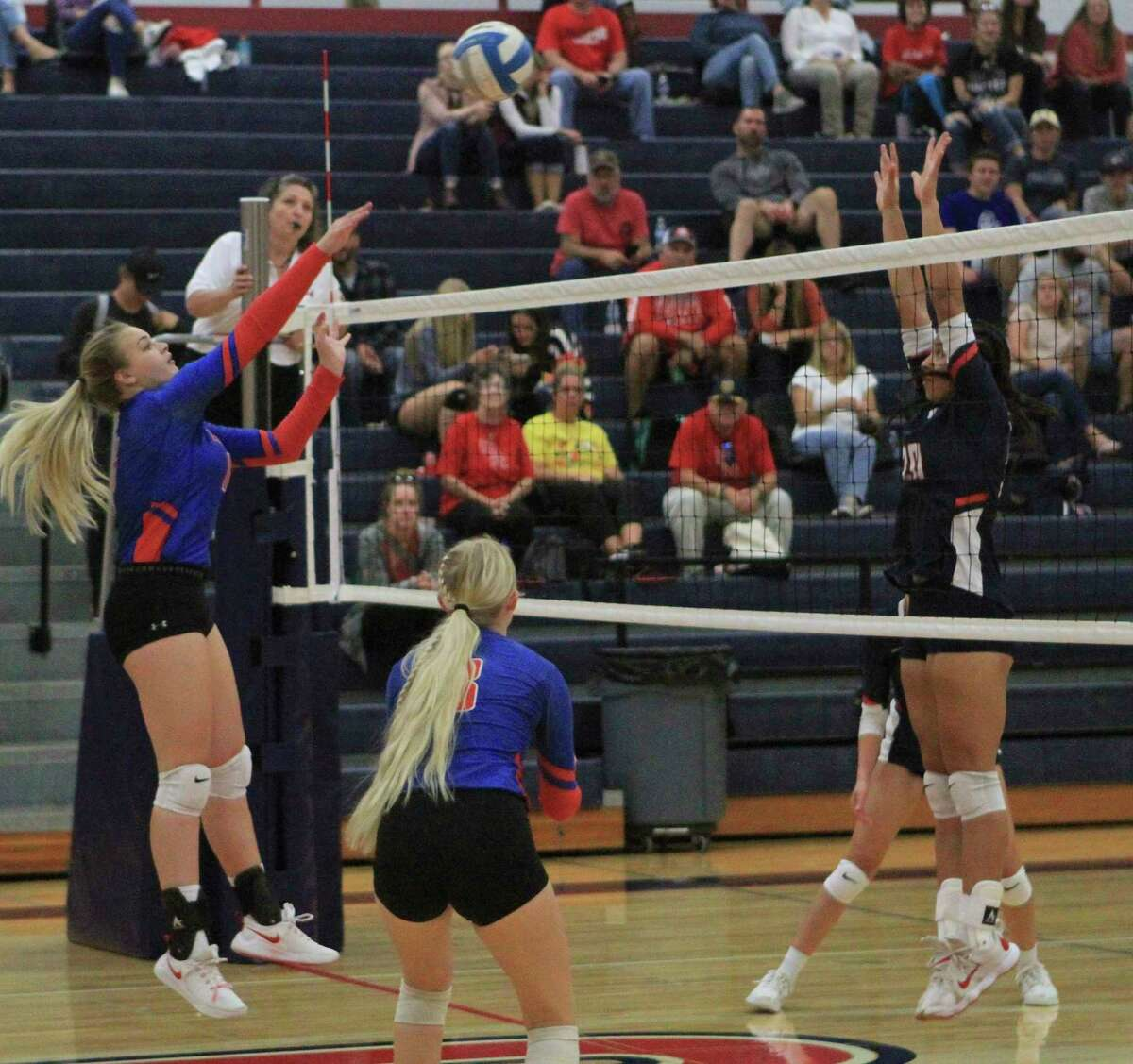 It took the Chippewa Hills volleyball team three sets to defeat Big Rapids on the road Tuesday evening. (Pioneer photo/Joe Judd)