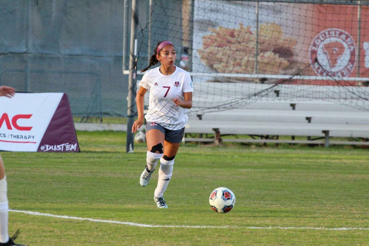 TAMIU's Jessica Simental takes the ball up the field during an earlier game this year.