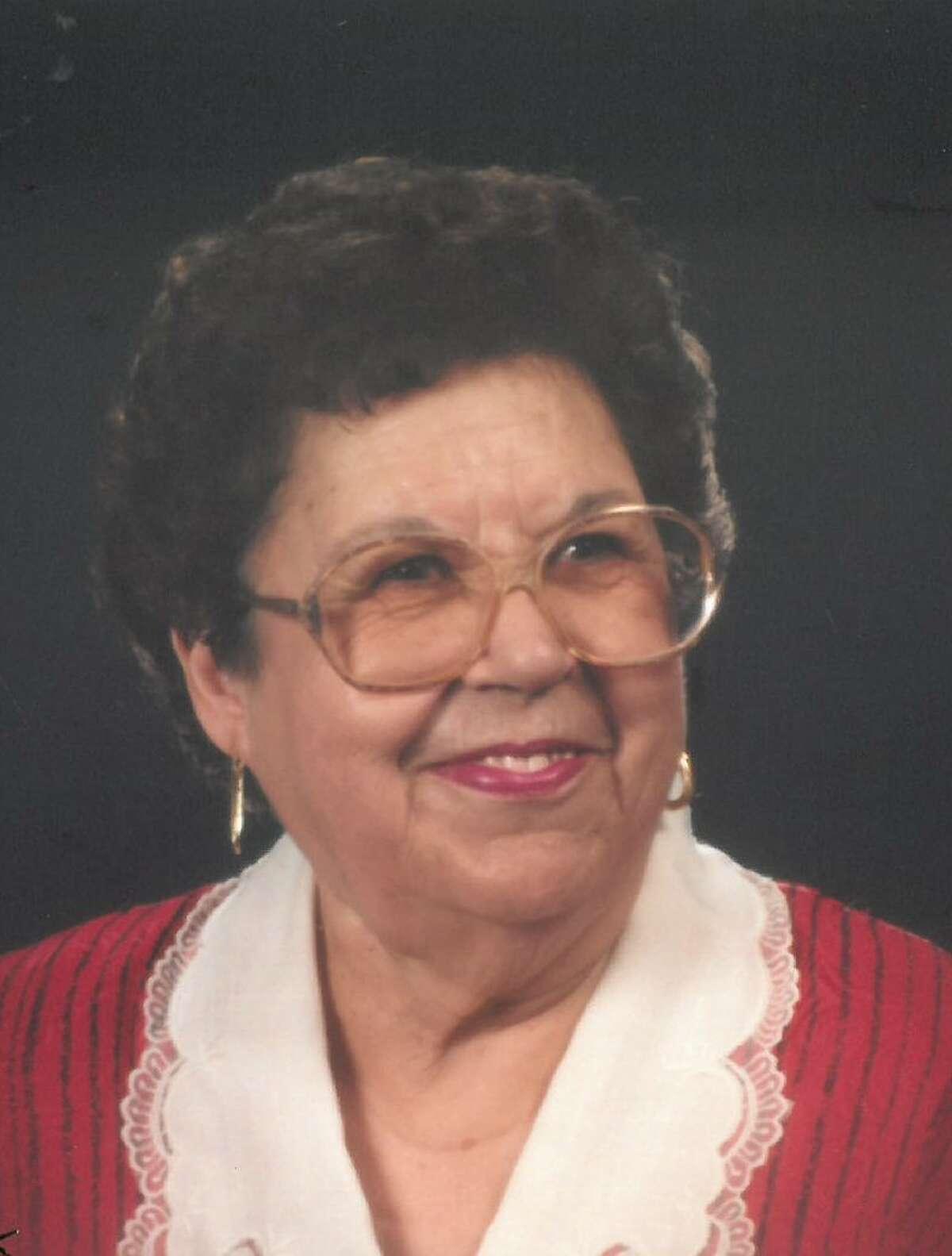 Isabel J. Romero