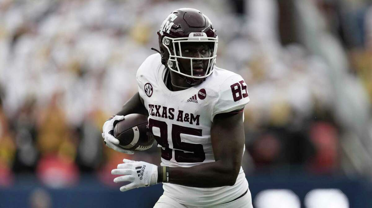 Texas A&M tight end Jalen Wydermyer (85) in the second half of an NCAA college football game Saturday, Sept. 11, 2021, in Denver. Texas A&M won 10-7. (AP Photo/David Zalubowski)