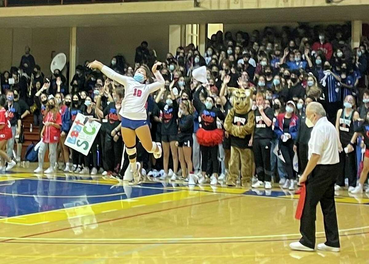 A crowd estimated at 2,000 people watched St. Ignatius sweep Sacred Heart Cathedral at Kezar Pavilion - the first time girls volleyball has been included in the Bruce-Mahoney series between the rival schools.