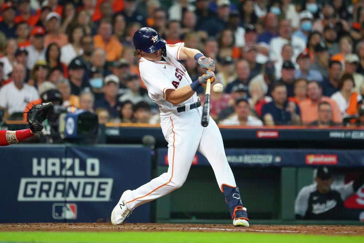 In his first playoff at-bat, Astros center fielder Jake Meyers hits an RBI single that drives in Yordan Alvarez.