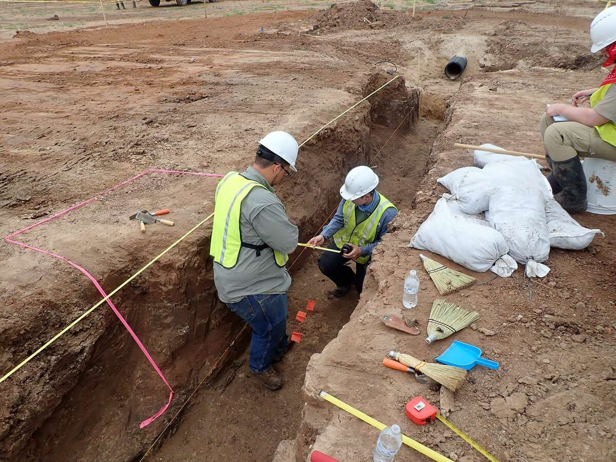 Archaeologists work on the Sugar Land 95 project, where the remains of 95 prisoners were found in Sugar Land in 2018.
