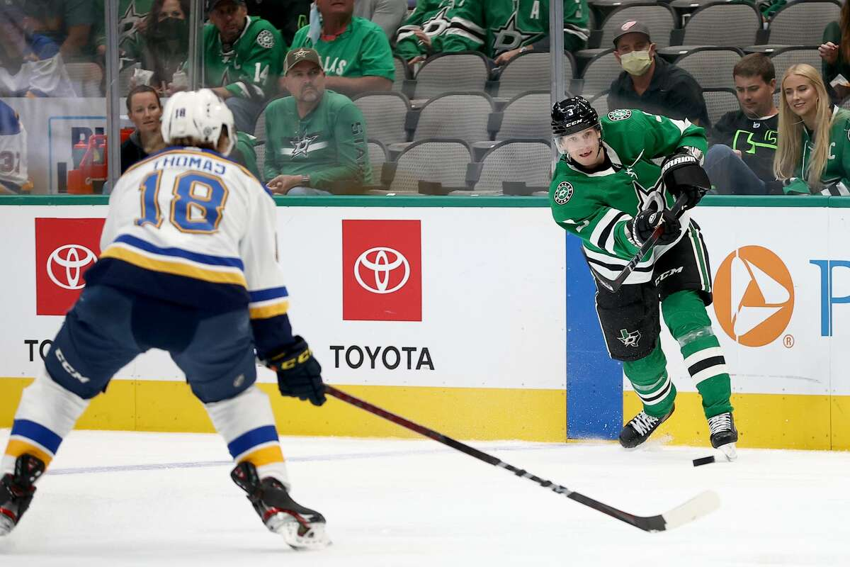 Robert Thomas of the St. Louis Blues defends againstJohn Klingberg #3 of the Dallas Stars in a preseason game. (Photo by Tom Pennington/Getty Images)