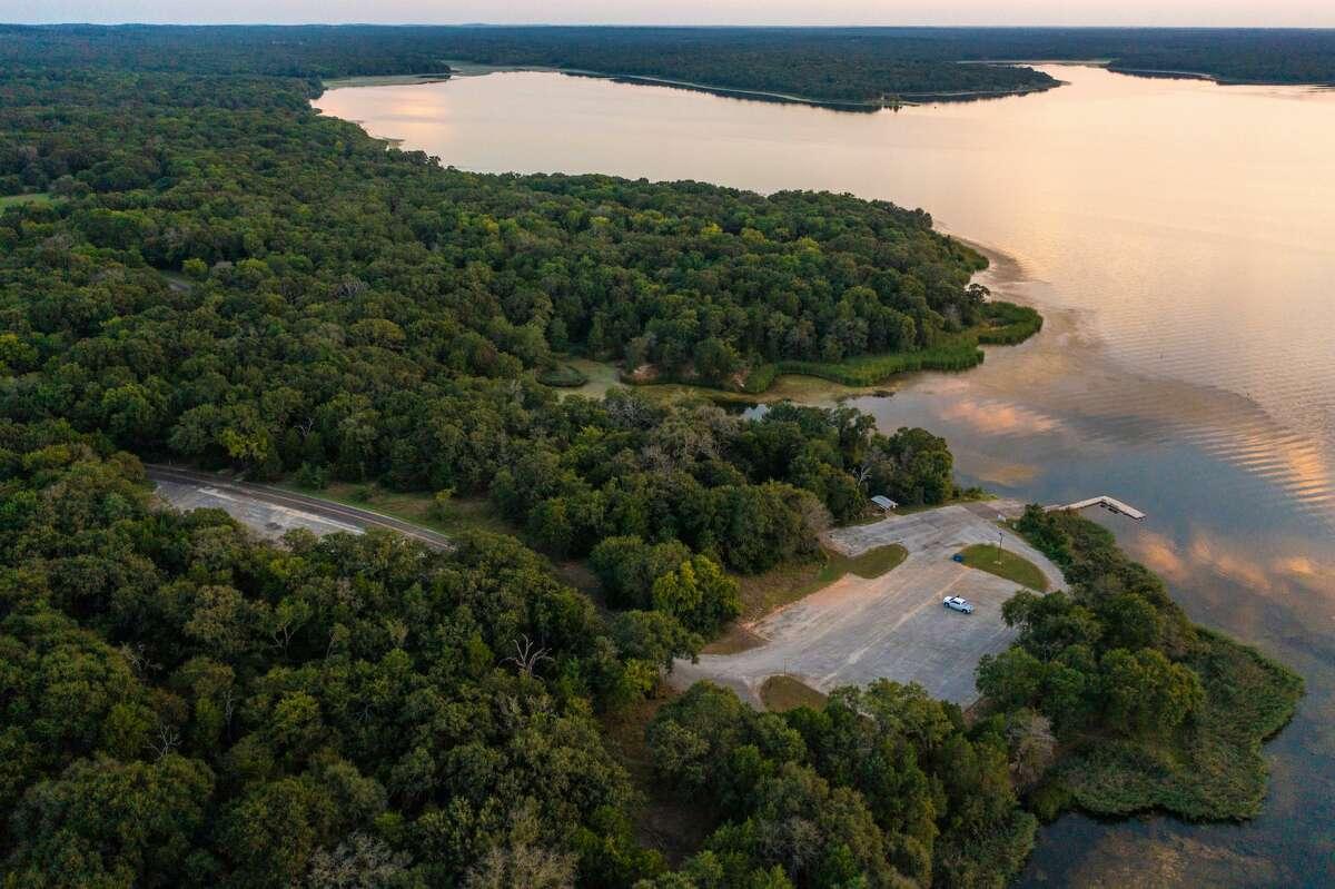 Lake Fairfield