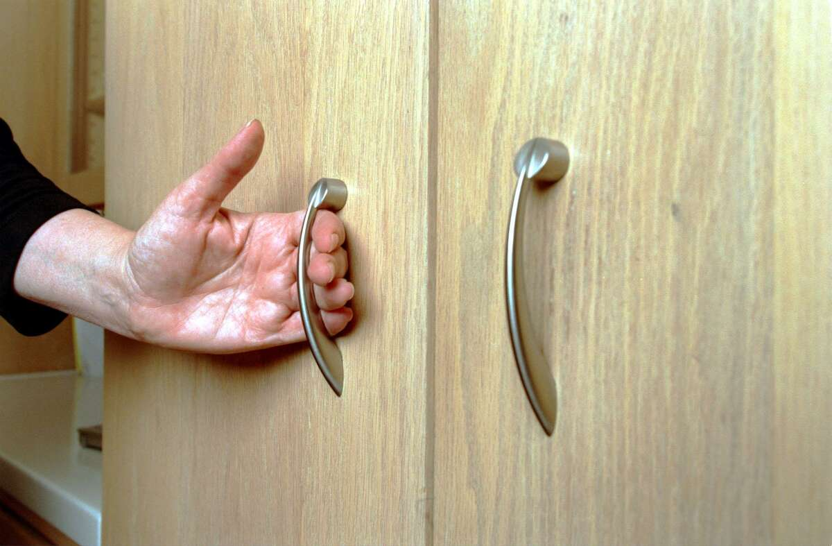 """So-called """"D"""" and """"C"""" handles, named for their shape, are more ergonomic, so they're easier to use."""