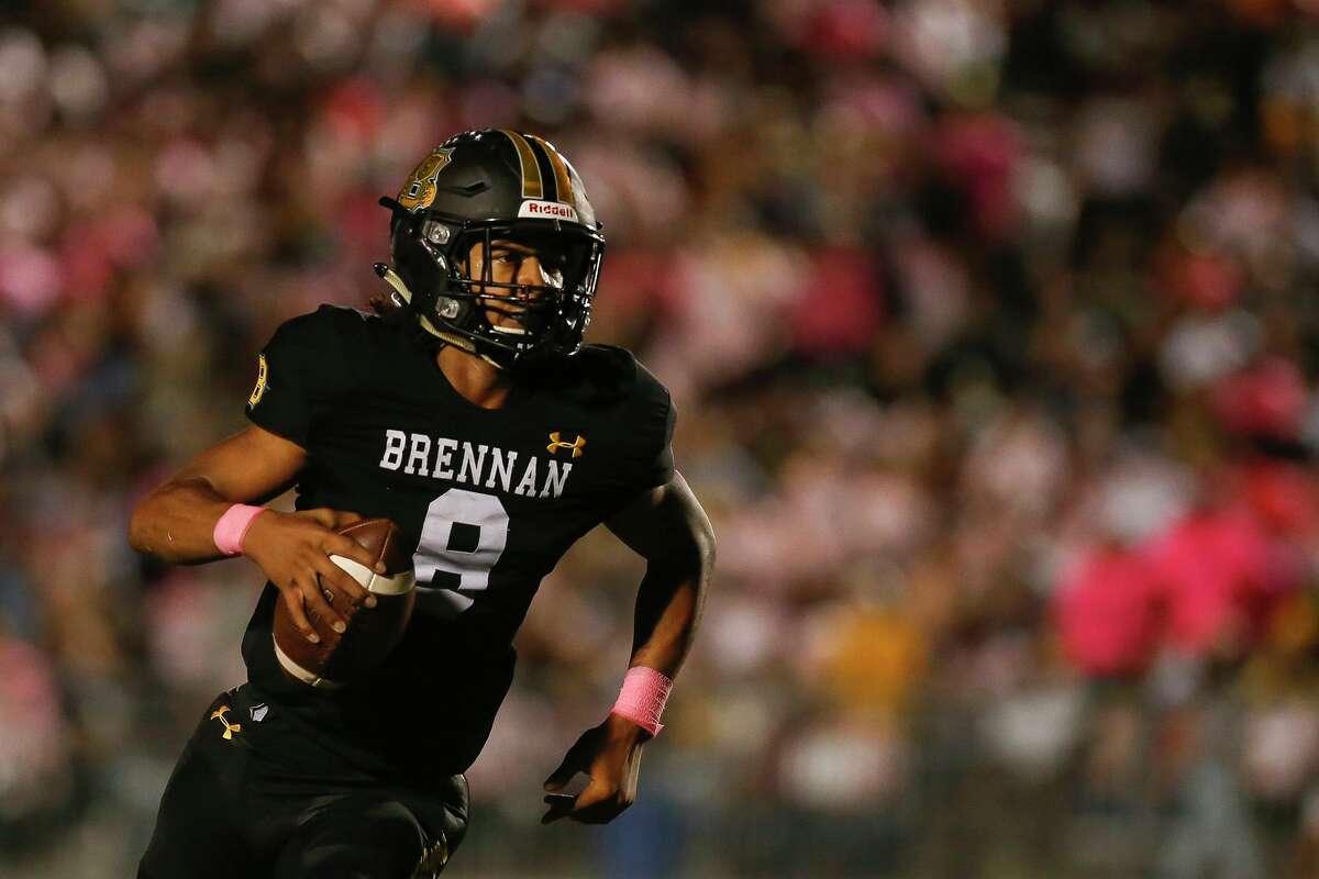 Brennan quarterback Ashton Dubose (8) runs the ball during the second quarter against the Taft Raiders at Gustafson Stadium in San Antonio, Texas, Thursday, Oct. 7, 2021. The Bears defeated the Raiders 42-28.