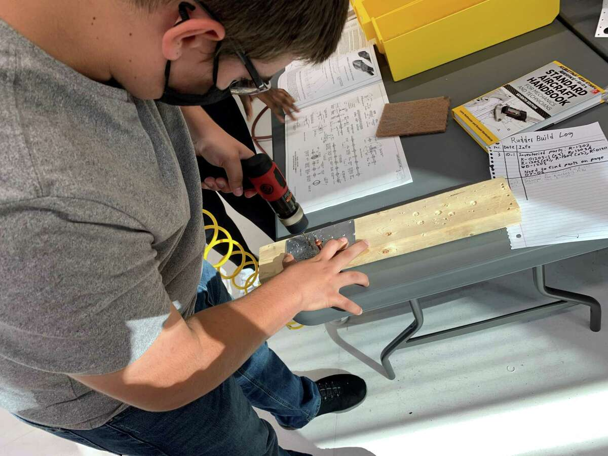 Middletown High School students are building a real airplane, and, if they choose, can one day fly the craft themselves, with instruction from their teacher, Stephen Socolosky.