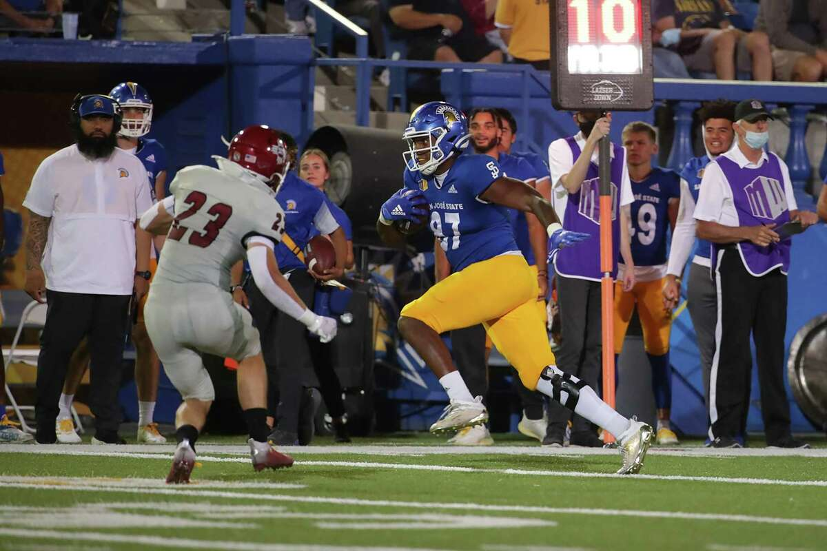San Jose State tight end Derrick Deese Jr. had seven receptions for 130 yards and a touchdown against New Mexico State on Saturday night.