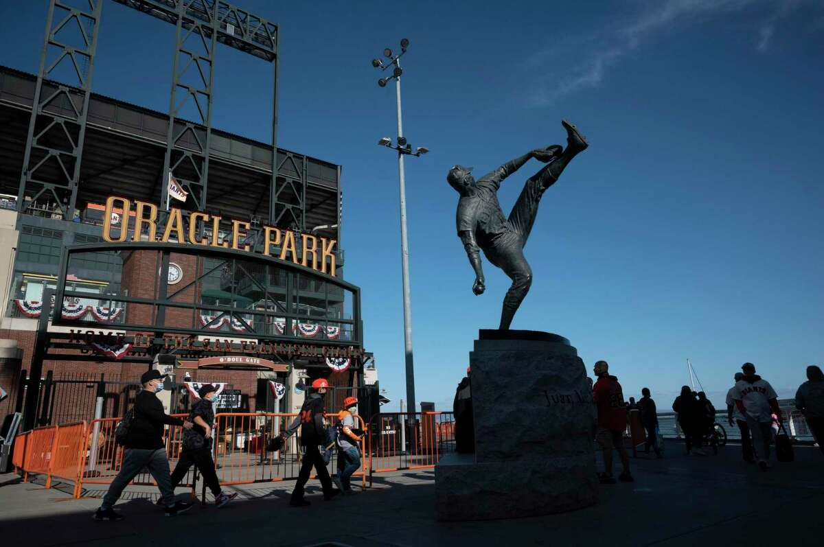 The San Francisco Giants vs the Los Angeles Dodgers at Oracle Park for the National League Division Series in San Francisco, California on October 8, 2021.