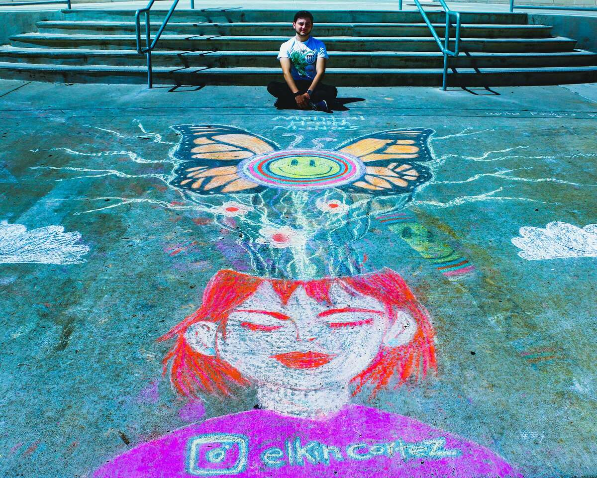 Dibujo con gises del artista Elkin Cortéz con motivo del evento de TAMIU sobre la concientización de la salud mental.