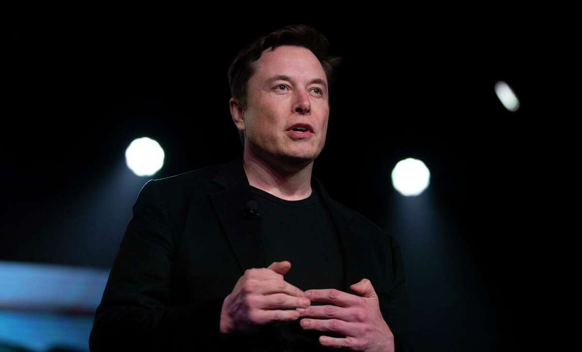 Tesla CEO Elon Musk has announced he is moving the electric car manufacturer's headquarters from Palo Alto to Austin, Texas.