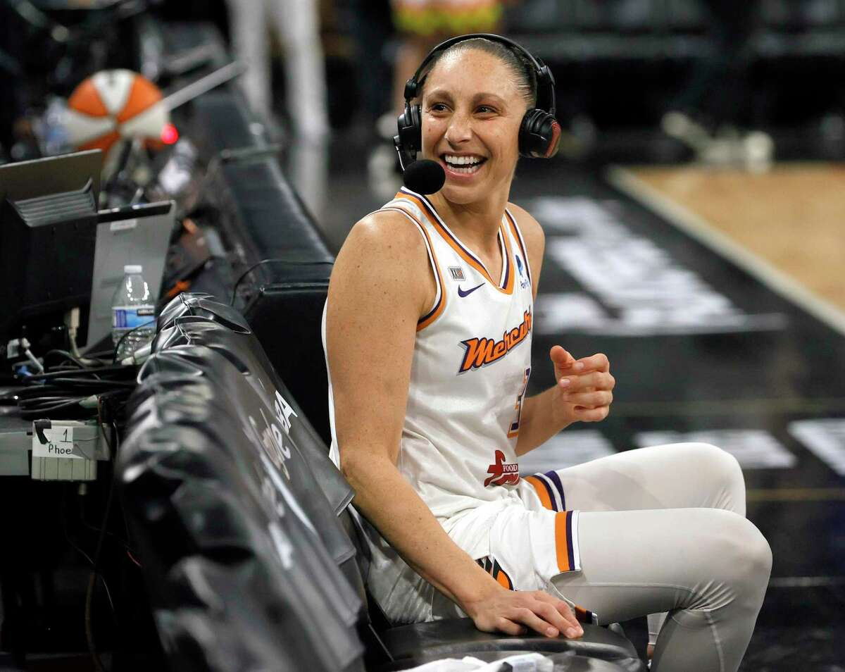LAS VEGAS, NEVADA - OCTOBER 08: Diana Taurasi #3 of the Phoenix Mercury reacts to cheering fans as she waits for a television interview after the team's 87-84 victory over the Las Vegas Aces in Game Five of the 2021 WNBA Playoffs semifinals to win the series at Michelob ULTRA Arena on October 8, 2021 in Las Vegas, Nevada. NOTE TO USER: User expressly acknowledges and agrees that, by downloading and or using this photograph, User is consenting to the terms and conditions of the Getty Images License Agreement. (Photo by Ethan Miller/Getty Images)