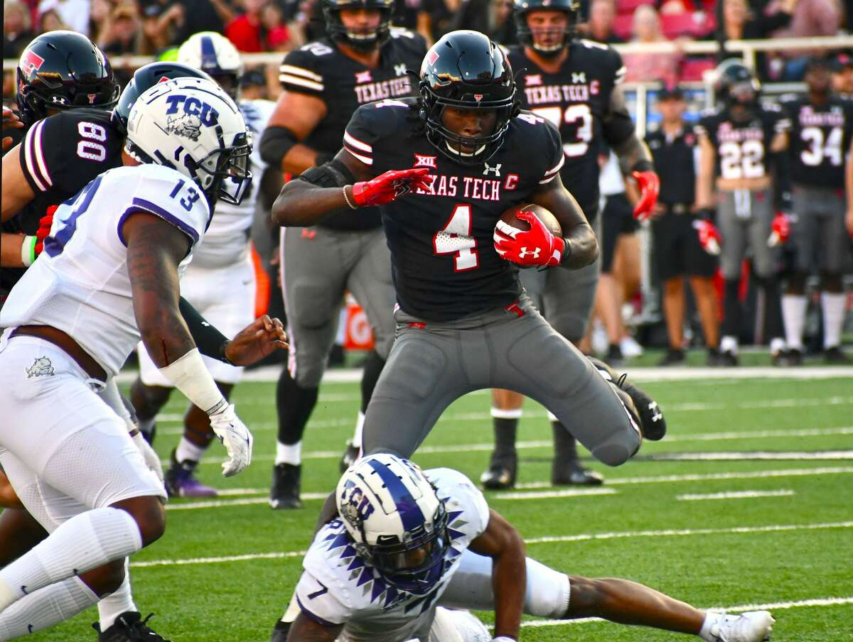 Texas Tech's SaRodorick Thompson breaks off a run in the first half.