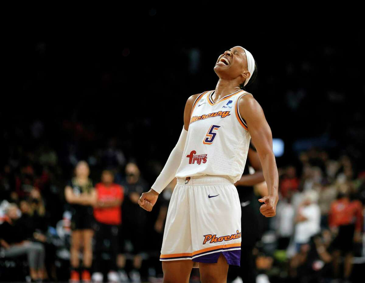 LAS VEGAS, NEVADA - OCTOBER 08: Shey Peddy #5 of the Phoenix Mercury celebrates as time expires in Game Five of the 2021 WNBA Playoffs semifinals against the Las Vegas Aces at Michelob ULTRA Arena on October 8, 2021 in Las Vegas, Nevada. The Mercury defeated the Aces 87-84 to win the series. NOTE TO USER: User expressly acknowledges and agrees that, by downloading and or using this photograph, User is consenting to the terms and conditions of the Getty Images License Agreement. (Photo by Ethan Miller/Getty Images) ***BESTPIX***