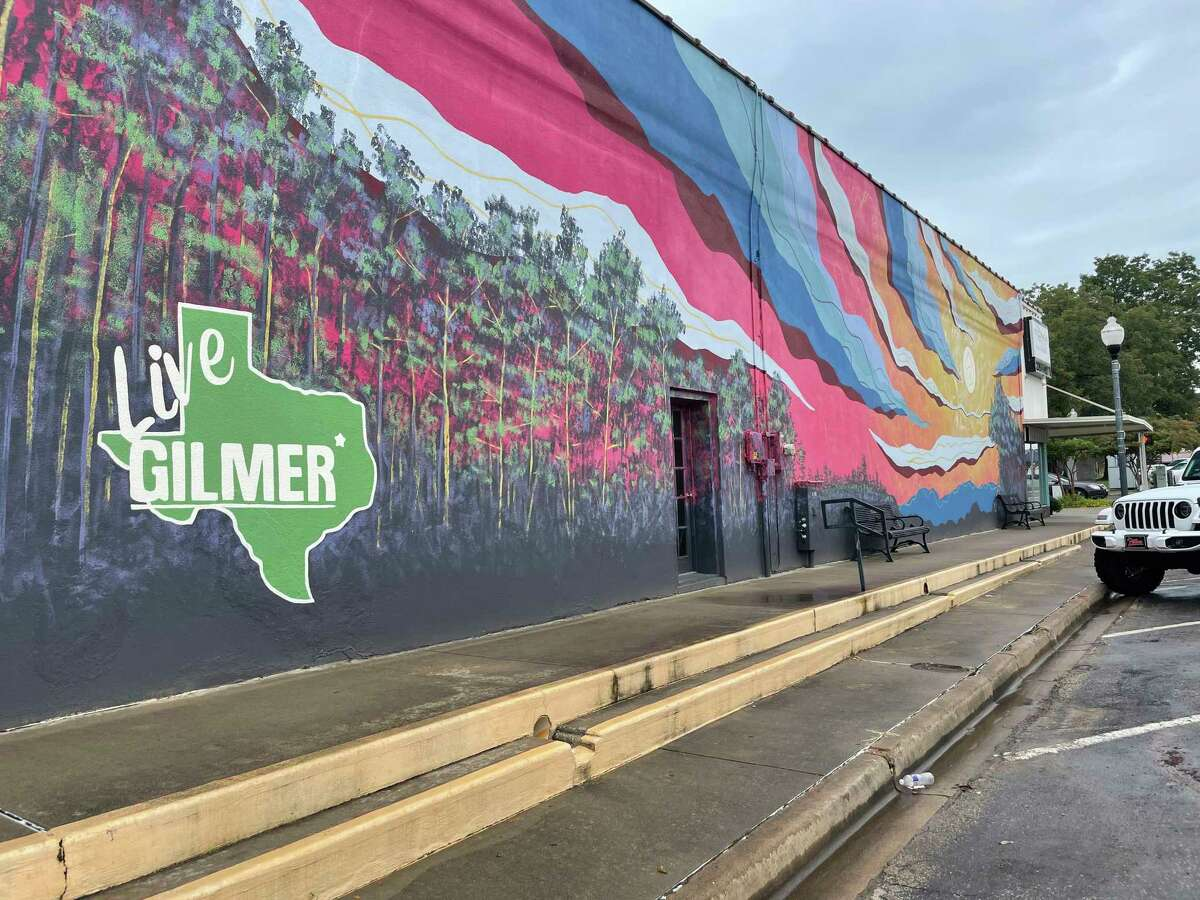 Gilmer, county seat of Upshur County, is drawing newcomers from the big city these days.