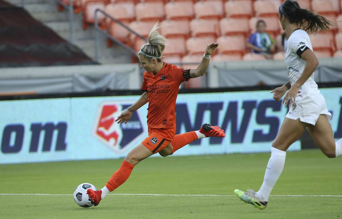 Houston Dash forward Rachel Daly (3) takes a shot on the goal during the first half of the NWSL match against the North Carolina Courage Sunday, Oct. 10, 2021, at BBVA Stadium in Houston.
