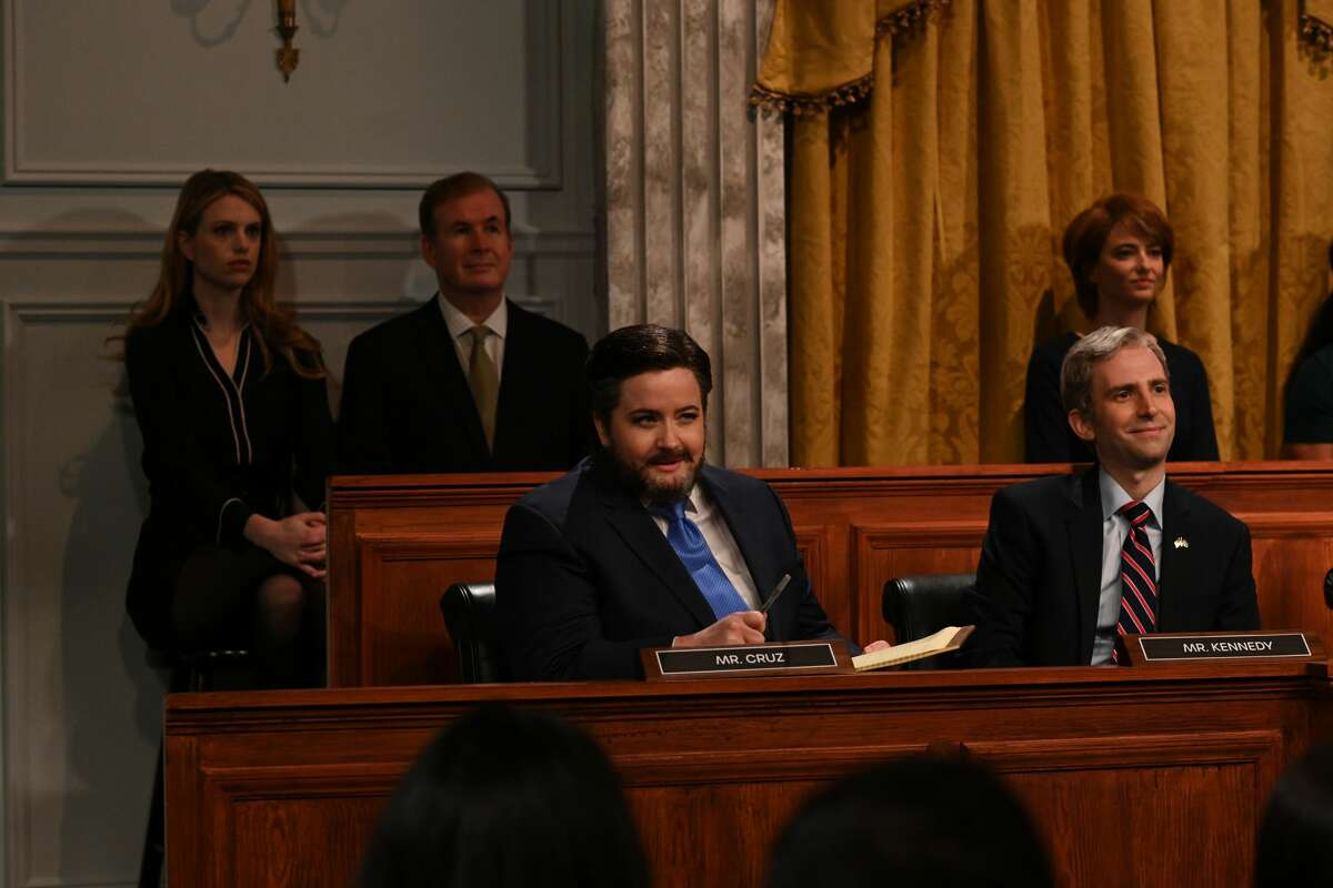 """SATURDAY NIGHT LIVE -- """"Kim Kardashian West"""" Episode 1807 -- Pictured: (l-r) Aidy Bryant as Senator Ted Cruz and Kyle Mooney as Senator John Kennedy during the """"Facebook Hearings"""" Cold Open on Saturday, October 9, 2021 -- (Photo By: Rosalind O'Connor/NBC/NBCU Photo Bank via Getty Images)"""