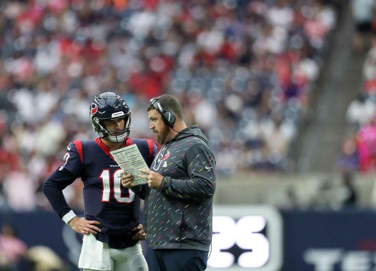 Texans offensive coordinator Tim Kelly set a gameplan that helped quarterback Davis Mills grow confident against the Patriots.