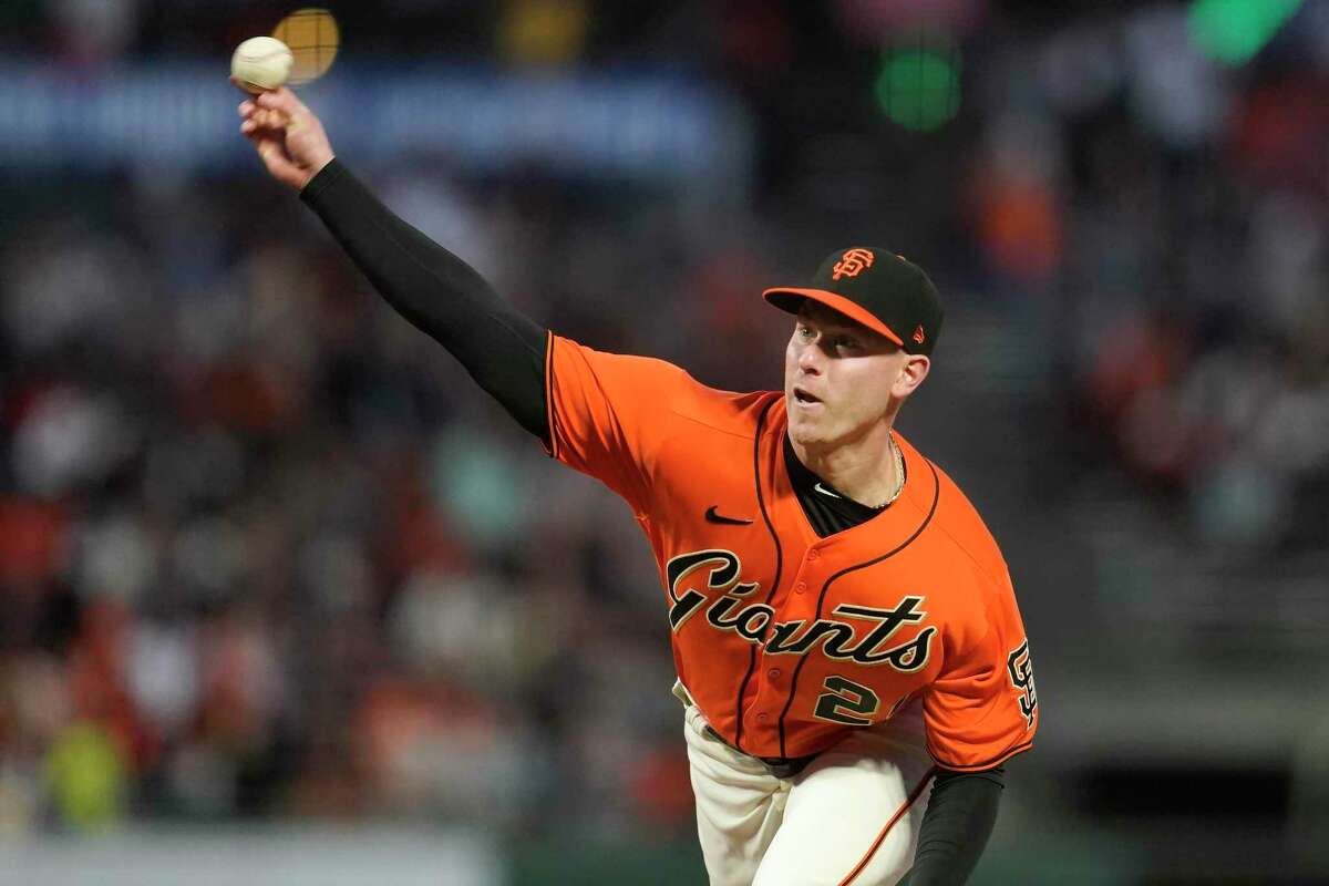 Anthony DeSclafani is scheduled to pitch for the Giants against the Dodgers in Game 4 of their NLDS at 6 p.m. Tuesday (TBS/104.5, 680).