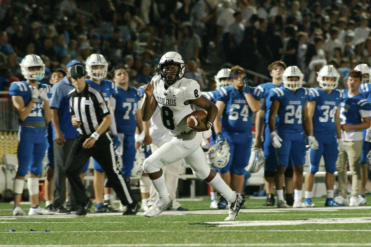 Clear Falls' Cameron Roberson (8) finds running room against Clear Springs Friday. Oct. 8, 2021 at Challenger Columbia Stadium.
