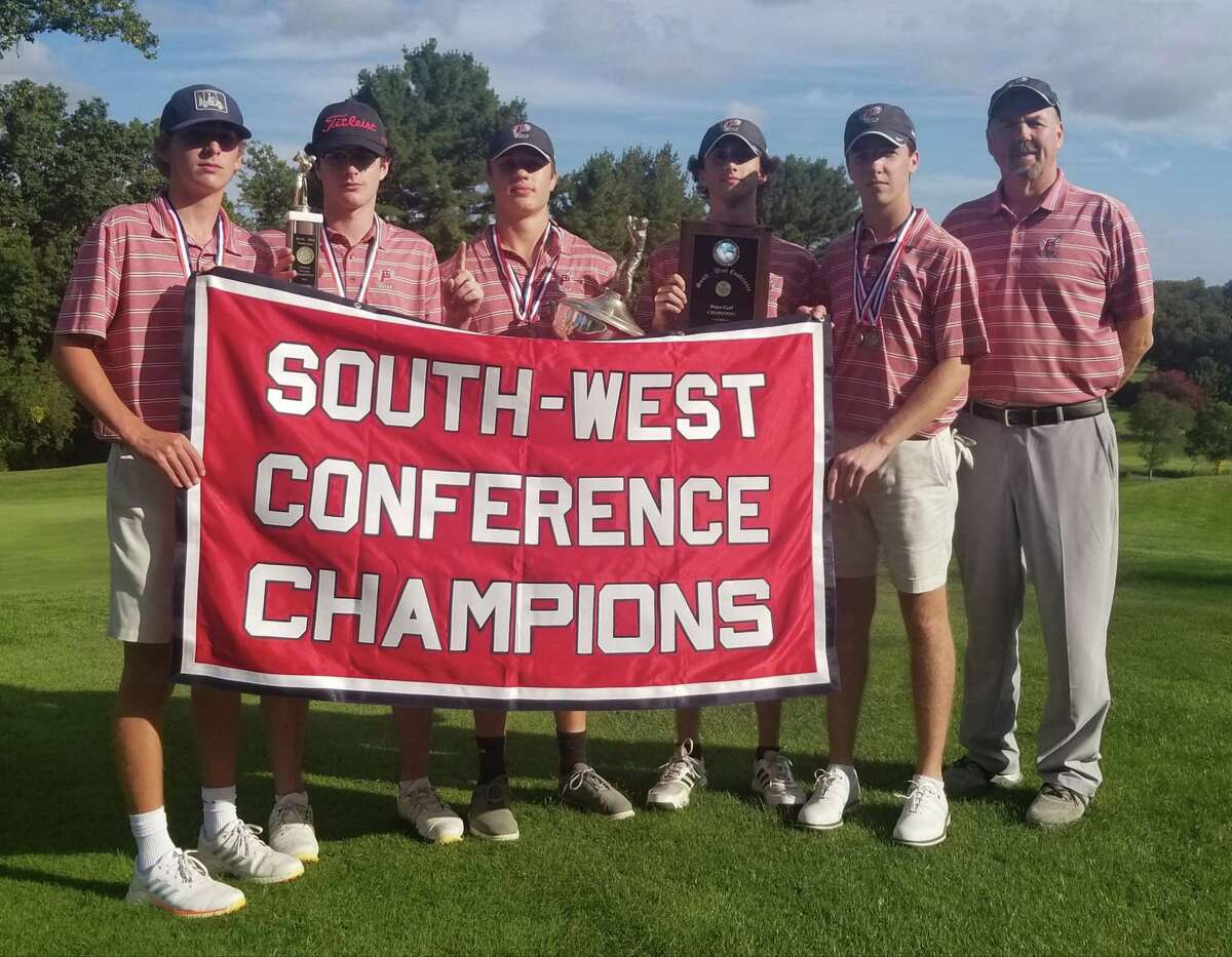 Pomperaug won its third consecutive South-West Conference championship meet on Oct. 12, 2021 at the Fairchild Wheeler Black Course.