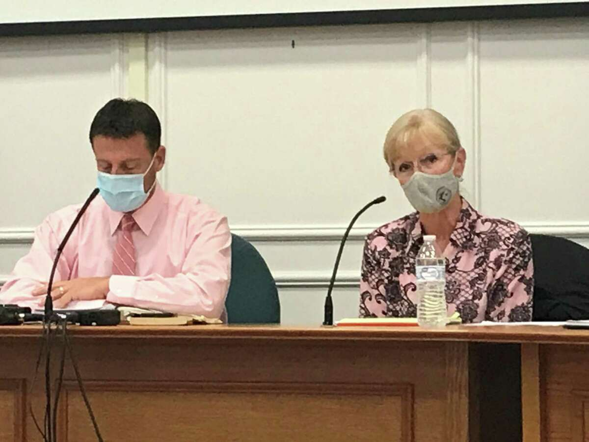 West Haven City Council Chairman Ron Quagliani, D-At Large, and Mayor Nancy Rossi at Tuesday's meeting of the City Council.