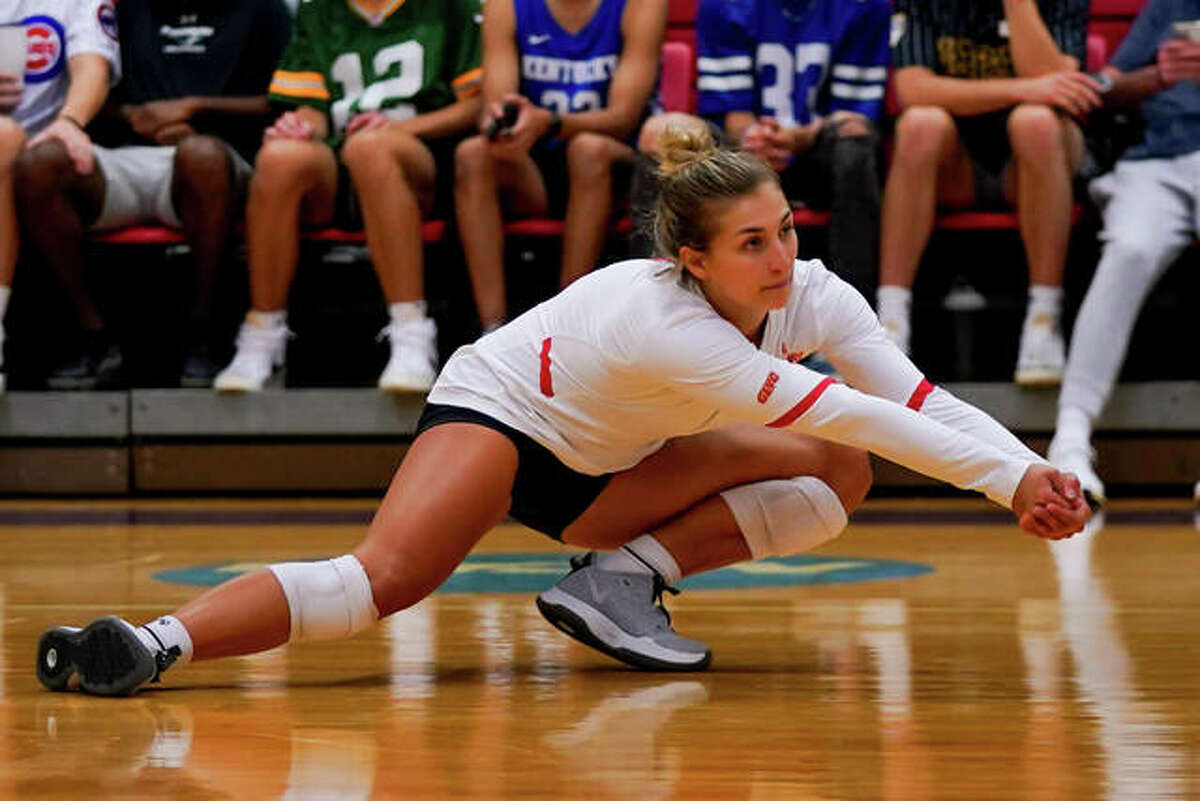 Edwardsville High School graduate and current University of Missouri-St. Louis senior Megan Woll recorded her 2,000th career dig on Saturday in a match against Truman State. A two-time All-Great Lakes Valley Conference first-team member and the 2019 GLVC Libero of the Year, Woll is the program's all-time leader in digs with 2,000. The former record was 1,676 digs.