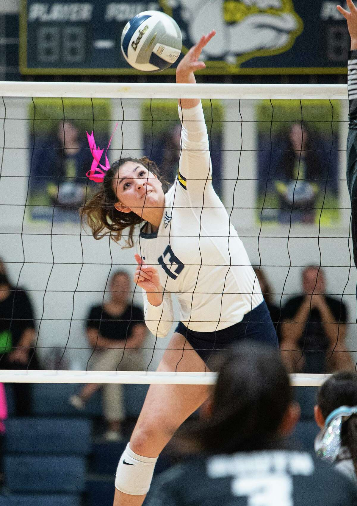 Victoria Guerrero and the Alexander Lady Bulldogs defeated the United South Lady Panthers on Tuesday.