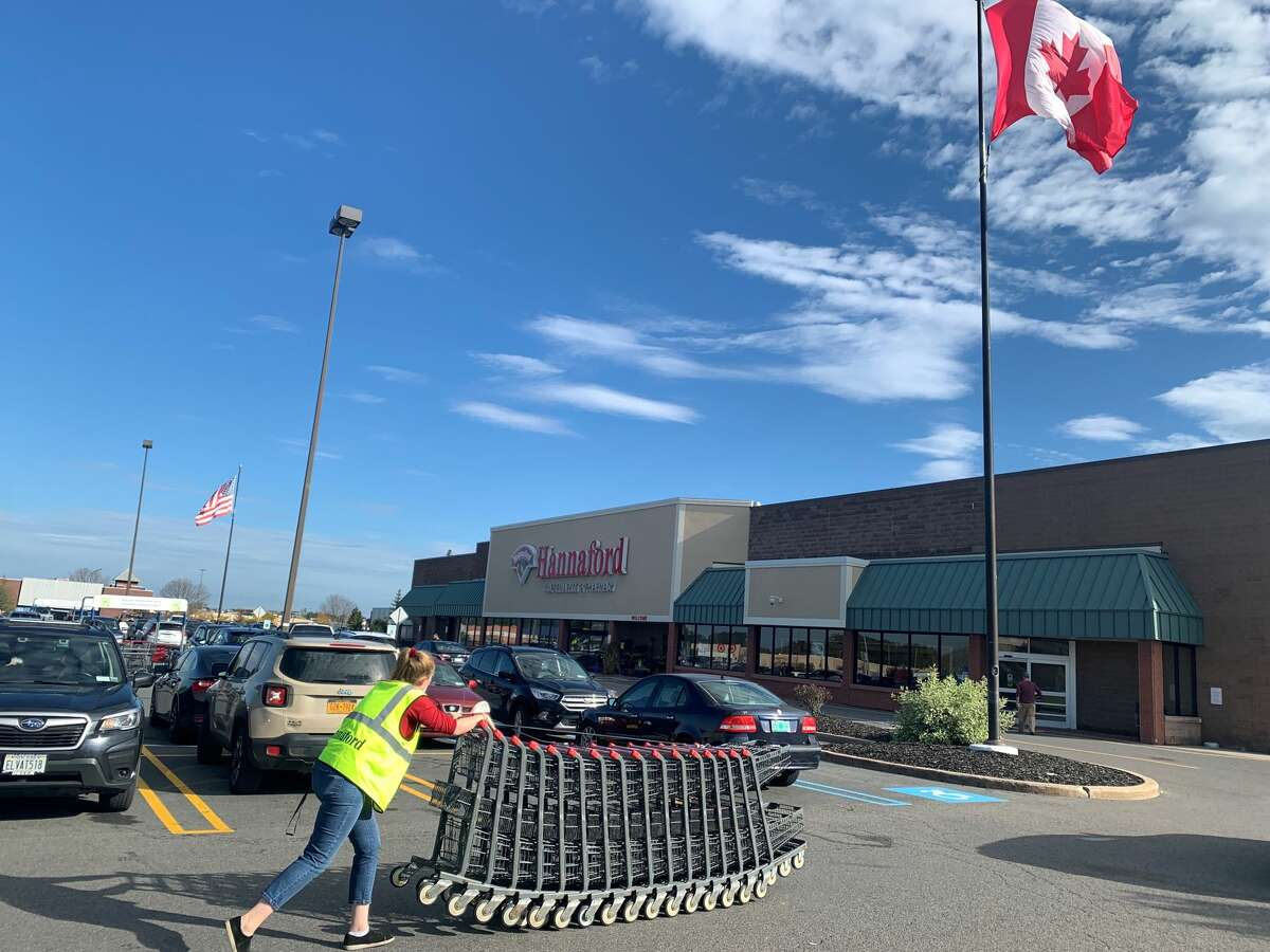 There were no Canadian plates to be seen in the PlattsburghHannaford parking lot during the weekend before the northern country's Thanksgiving on October 11, 2021. (Rebekah F. Ward/Times Union)