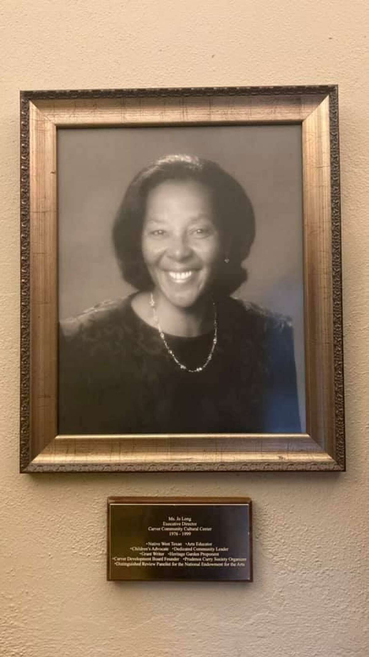 The Carver Community Cultural Center on Oct. 13, 2021, said on social media the death of Jo Long of the Jo Long Theatre for the Performing Arts.