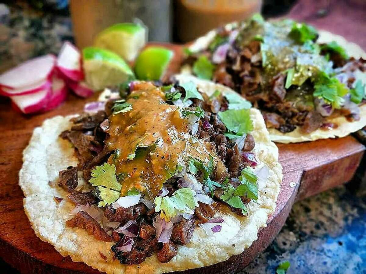 Vegan carne asada tacos from Taqueria La Venganza, which is opening a plant-based market in Oakland.