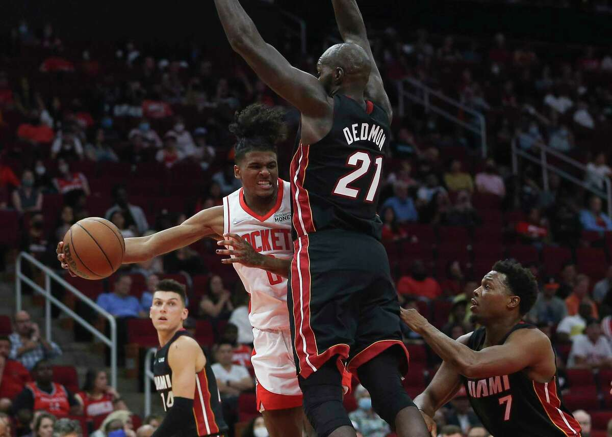 Houston Rockets guard Jalen Green is forced to pass against Miami's defense, which is among the tougher the rookie has seen so far.