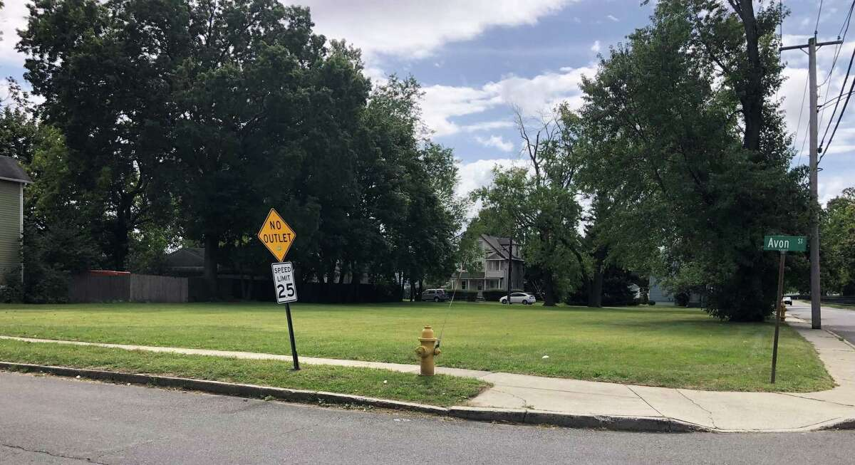 A Surf Avenue property in Stratford where plans for a three-story, 45-unit apartment complex are before the town's Zoning Commission.