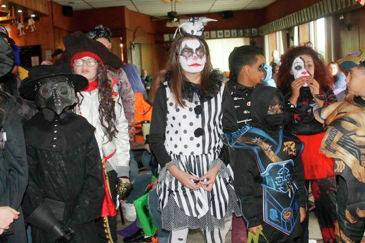 The Manistee City Police Department has released trick-or-treating safety tips.